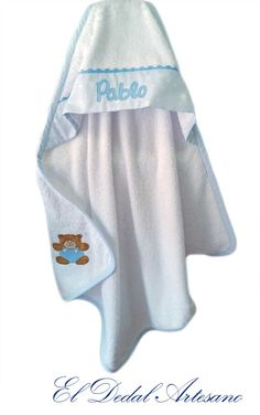Capa de baño bebé personalizada Trunks, Swimming, Info, Comme, Swimwear, Fashion, Cape Clothing, Baby Gifts, Personalized Baby