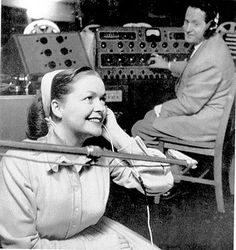 Les Paul and Mary Ford by Les Paul Foundation, via Flickr