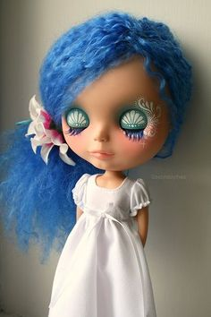 just because I love #blythe dolls . b pops