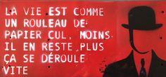 Citation de jean Yanne en pochoir sur plaque de métal trouvé sur la plage format 45x20 cm Exposition bar de l'Océan à Le Tour du Parc http://mathieucreation.wix.com/mathieu