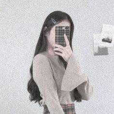 Korean Aesthetic, Aesthetic Photo, Aesthetic Girl, Aesthetic Pictures, Ulzzang Korean Girl, Cute Korean Girl, Asian Girl, Girls Mirror, People Icon