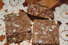 nøttebrød Krispie Treats, Rice Krispies, Lchf, Low Carb, Bread, Desserts, Food, Tailgate Desserts, Deserts