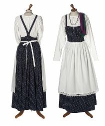 Eastern Orthodox Karelian feresi or sarafaani - Helmi Vuorelma Oy Vikings, Viking Dress, Blue Vests, Ethnic Outfits, Folk Costume, Historical Clothing, Dance Outfits, Modest Fashion, Vintage Outfits