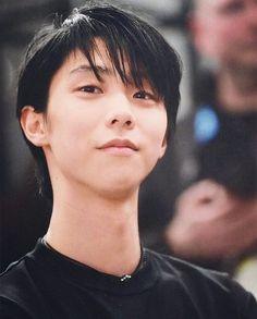 """yuzuru_hanyu on Instagram: """"Следующим соревнованием для Юдзуру станет чемпионат мира, который пройдёт 18-24 марта в Сайтаме (Япония). В Чемпионате четырёх континентов…"""""""