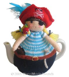 Want to buy this pattern. Cute for the Florida place tea pot. Tea Cosy Knitting Pattern, Tea Cosy Pattern, Knitting Projects, Crochet Projects, Knitting Patterns, Crochet Patterns, Crochet Ideas, Knitted Tea Cosies, Teapot Cover