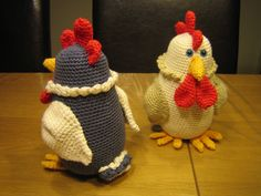 Hækleopskrift på påske høne. højde: 17 cm. Relateret Crochet Owls, Easter Crochet, Crochet Crafts, Knit Crochet, Crochet Patterns, Crochet Chicken, Holiday Crochet, Owl Bird, Loom Knitting