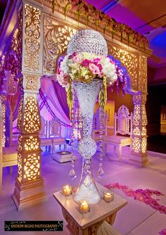 Decoration of the Indian wedding - You are in the right place about wedding ceremony decorations cheap Here we offer you the most beautiful pictures ab Wedding Mandap, Desi Wedding, Wedding Stage, Wedding Ceremony, Our Wedding, Wedding Receptions, Garden Wedding, Trendy Wedding, Indian Wedding Decorations
