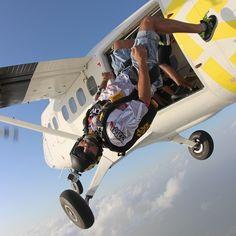 Hamdan MRM, Skydive Dubai, 2014. Foto: Marat Leiras (maratleiras). Vía: faz3