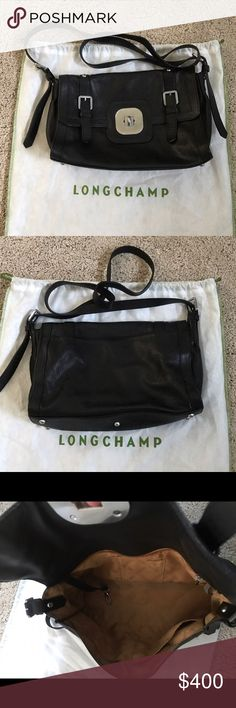 Longchamp Gatsby Sport Black Pebbled Leather Bag Fabulous black grainy leather. This isn't the cheaper bag that was made of the embossed leather. Moto styling in a cross body. There is some light wear to this bag. But the leather is in fabulous condition. There are no large scuffs or marks. There are some scrapes to the front silver area. The feet on the bottom show a little wear, but that's what they are there for. Light wear inside, as well. 2 slip pockets in front, one in the back with a…