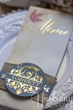 Thanksgiving Tablescape with custom menu placecards created with the Silhouette Portrait and Gold Foil