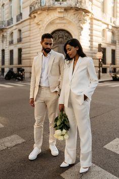 Pre Wedding Poses, Pre Wedding Photoshoot, Wedding Shoot, Wedding Couples, Paris Engagement Photos, Engagement Photo Outfits, Engagement Suits, Elegant Engagement Photos, Wedding Engagement