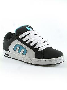 Etnies DIGIT SMU 4107000150589 - BLACK/BLUE/WHITE No description http://www.comparestoreprices.co.uk/mens-shoes/etnies-digit-smu-4107000150589--black-blue-white.asp