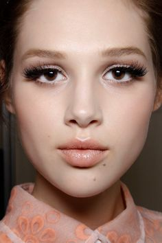 6 Tips That Will Make Applying False Lashes A Whole Lot Easier | Beauty High