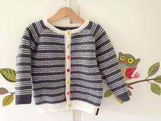 Knitted jacket, babyull by Viking garn. Size 4 years