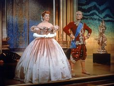 The King and I, Deborah Kerr, Yul Brynner - Most iconic dresses in movie history Iconic Movies, Old Movies, Vintage Movies, Great Movies, Classic Movies, Movies Costumes, Cool Costumes, Movies Quotes, Movie Songs