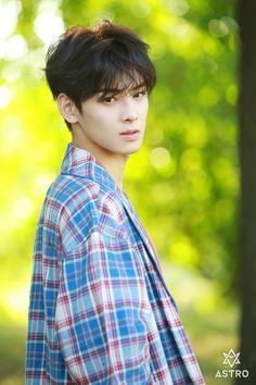 Eunwoo Astro ( ˘ ³˘)❤ Asian Actors, Korean Actors, Kim Myungjun, Chanyeol, Cha Eunwoo Astro, Astro Wallpaper, Lee Dong Min, Astro Fandom Name, Seo Kang Joon
