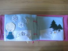 Disney princess inspired quiet book! I need to make this one for SJ's second book.