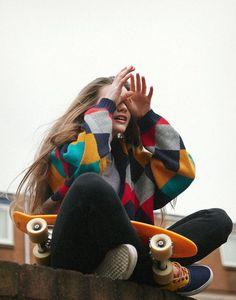 skate n surf vibes Look Skater, Skater Girl Style, Skater Girl Fashion, Skater Outfits, Cute Outfits, Skater Dresses, Goth Outfit, Skate Girl, Skate Style
