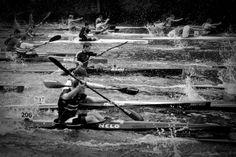 Kayak Pictures, Canoe And Kayak, Boat Design, Kayaks, Calisthenics, Rowing, Snowboard, Marathon, Underwater