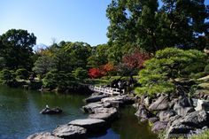 Autumn is still far away, but what are your favorite autumn spots?  This photo has been taken at Tokyo's Kyosumi Garden.  Other great autumn spots in Tokyo can be found here: http://zoomingjapan.com/…/autumn-colors-in-tokyo-best-spots/