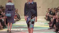 YOUTUBE FASHION VIRAL : #LFW - The Full Burberry Prorsum Womenswear S/S15 Show #BLOGGER #FASHIONOTES