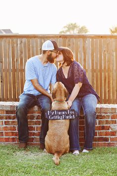 outdoor oklahoma engagement photos ~ kissing couple with dog