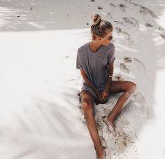 summer, beach, and girl afbeelding