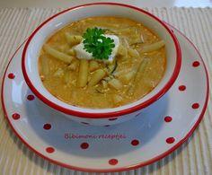 HOZZÁVALÓK: 60 dkg zöldbab, feldarabolva 4 dkg zsír 6 dkg liszt 1 kicsi fej vöröshagyma, apróra vágva 2-3 gerezd fokhagyma, össze... Thai Red Curry, Soup, Ethnic Recipes, Soups
