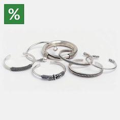 😍Azi e ultima zi cu 10% reducere la TOATE bijuteriile! 😍  Alege-ți bijuteria preferată la un preț mai bun! 😉  #metaphora #bracelets #bangle #sales #silverbracelet #silverjewelry Mai, Bracelets, Events, Silver, Jewelry, Jewlery, Jewerly, Schmuck, Jewels