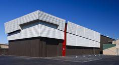 Modern Warehouse Architecture : Contoh-contoh desain arsitektur pergudangan modern exterior yang dikombinasikan dengan…