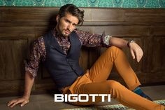 A #relaxed and #optimistic #weekend can be #accentuated by #your #clothing #options . #Choose to #wear #floral #shirts and #colorful #cotton #chinos ! #Products #available in #Bigotti #men #clothing #stores and on www.bigotti.ro