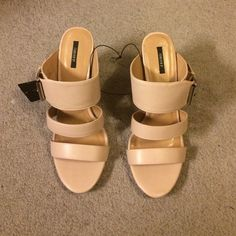 Sandals Nude light pinkish color. In trend for spring and summer Forever 21 Shoes
