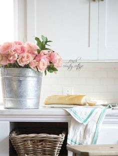 FRENCH COUNTRY COTTAGE: French Style