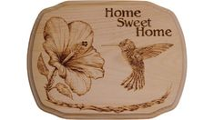 Wood burning of a Copper Rumped Hummingbird and Hibiscus flower by Pyrography Artist Chris Wulff Wood Burning Stencils, Wood Burning Crafts, Wood Burning Patterns, Wood Burning Art, Wood Patterns, Wood Crafts, Diy Wood, Flower Patterns, Small Woodworking Projects