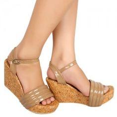 Sepatu Wedges Nessa Krem IDR200.000 SKU Ninetynine 85104 Size 36-40  Hubungi Customer Service kami untuk pemesanan : Phone / Whatsapp : 089624618831 Line: Slightshoes Email : order@slightshop.com