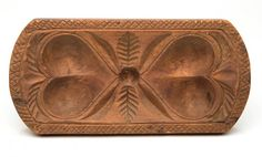 This rectangular butter print is carved with double hearts connected by a feather or leafy branch detail. The shaped edge features a crosshatch carved border and gouge-carved decoration above each heart form. Springerle Cookies, Sugar Mold, Butter Molds, Churning Butter, Chip Carving, Country Primitive, Heart Art, Old Things, Decorative Boxes