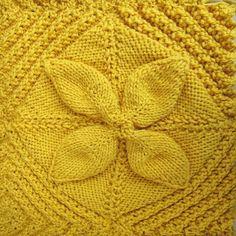 Ecco il tutorial per realizzare tanti quadrati con i fiori...lo trovate sul sito www.ipuntinidilucia.com