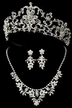 Regal Tiara and Jewelry set for your Quinceanera - dazzling!