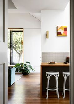 Coburg House by Lisa Breeze Architect - Classic Californian Bungalow - The Local Project Recycled Brick, Bungalow Renovation, Kitchen Views, New Architecture, Timber Cladding, Wood Counter, Kitchen Photos, Wood Cabinets, New Kitchen