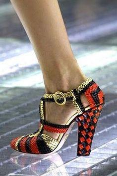 oh lets - Prada Shoes - Ideas of Prada Shoes - leather basketweave prada shoe. oh lets Pretty Shoes, Beautiful Shoes, Hot Shoes, Shoes Heels, Dress Shoes, Pumps, Prada Shoes, Shoe Collection, Designer Shoes