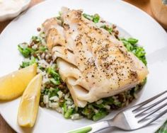 Weekly Dose Of Healthy Recipes: Baked Tilapia Easy Fish Recipes, Tilapia Recipes, Light Recipes, Gourmet Recipes, Cooking Recipes, Healthy Recipes, Fresh Eats, Baked Tilapia, How To Cook Fish