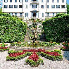 to experiencing the gorgeous grounds of Villa Carlotta in Lake Como, Italy. Jin G, Como Italy, Lake Como, Tree Toppers, Stepping Stones, Travel Photos, Villa, Explore, Mansions