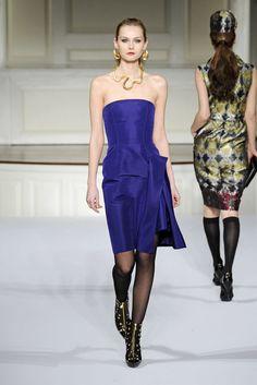 Oscar de la Renta Pre-Fall 2009 Fashion Show - Tatyana Usova