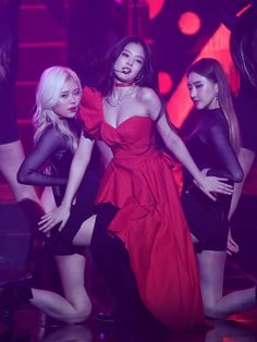 Jennie at Gaon Chart Music Awards 2019 See all BLACKPINK Jennie photos from news media and Jennie fansites at Gaon Chart Music Awards January 2019 HD kpop pictures and gifs. Kim Jennie, First Girl, My Girl, South Korean Girls, Korean Girl Groups, Asian Woman, Asian Girl, Mode Ulzzang, Chaeyoung Twice