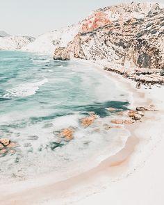 Ocean Wallpaper, Summer Wallpaper, Iphone Background Wallpaper, Aesthetic Pastel Wallpaper, Aesthetic Backgrounds, Aesthetic Wallpapers, Photo Wall Collage, Picture Wall, Image Princesse Disney