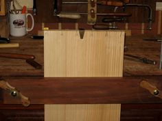 A New Jig for Paring Dovetail Baselines