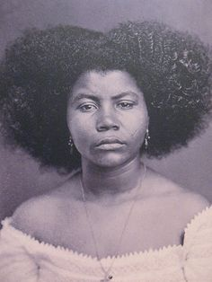 """African slave in Brazil"" - Her hair is gorgeous!"