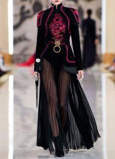 kiara misses ryujin everyday everynight 🌪️ on, ados coréenne femme haute couture tendance chic Couture Fashion, Runway Fashion, Womens Fashion, Stage Outfits, Mode Outfits, Look Fashion, High Fashion, Fashion Design, Fashion 2020