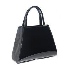 Borsa medio piccola con doppio manico e tracolla in camoscio nero e vernice in tinta.