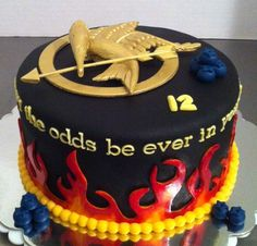 Hunger Games Birthday Cake Made this for my boyfriend's daughter. It was her birthday and the main character is from District Hunger Games Party, Hunger Games Cake, Hunger Games Trilogy, Birthday Gift For Wife, Birthday Games, 12th Birthday, Birthday Parties, Cupcakes, Cupcake Cakes